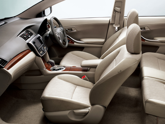 Toyota Allion Interior