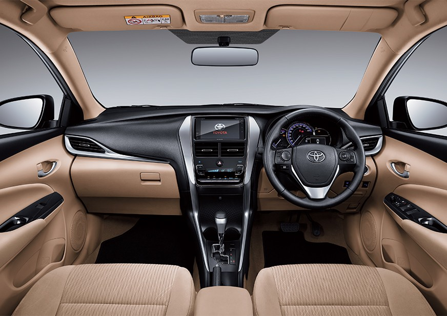 Toyota Yaris interior Pics
